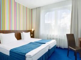 Rija VEF Hotel with FREE Parking, hotel in Riga