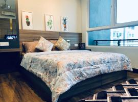 Cozy Studio Suite with Seaview near Queensbay Mall, apartment in Bayan Lepas