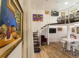 SOLIMENA ART HOUSE, guest house in Nocera Inferiore