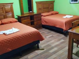Hotel del Carmen, hotel en Retalhuleu