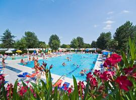 Happy Camp mobile homes in Butterfly Camping Village, glamping site in Peschiera del Garda