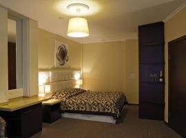 Отель Loff, отель в Екатеринбурге
