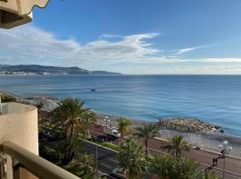 SEA FRONT - panoramic sea view studio with terrace, apartment in Nice