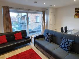 Havelock Drive Duluxe Apartment, hotel near intu Lakeside Shopping Centre, Dartford
