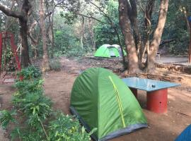 Born4tours tent stay, hotel in Matheran