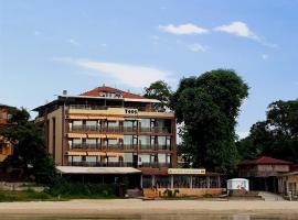 Family Hotel Teos, hotel in Kiten