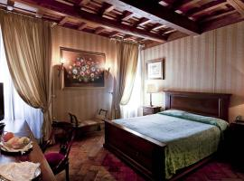 Castle of Glamour XVI century Luxury Apartments, luxury hotel in Rome