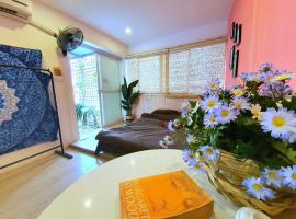Dinh House - Silent HomeStay In Center, pet-friendly hotel in Hanoi
