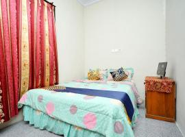 SPOT ON 2327 Dome Hotel, hotel near Mount Bromo, Probolinggo