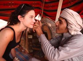 Bedouin Expedition Camp, luxury tent in Wadi Rum