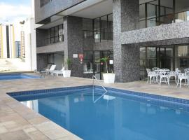 Costa Sul Beach Hotel, hotel with pools in Balneário Camboriú