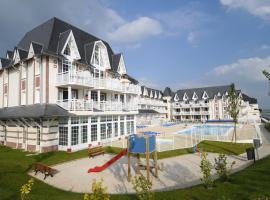 Residence de la plage H 3p 5/6 Standard, hotel in Le Crotoy