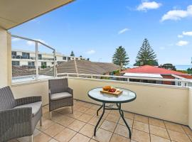 Central at the Mount - Mount Maunganui Holiday Home, hotel in Mount Maunganui