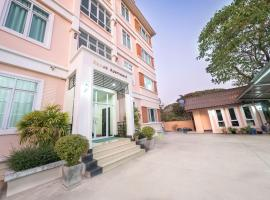 Samsa Apartment & Resort, hotel in Vientiane