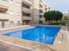 Comfortable apartment with a swimming pool, 250m to the sea., apartamento en Lloret de Mar