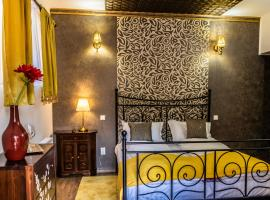 Pensiunea Luna, guest house in Buşteni