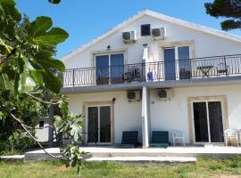 Apartments Leon, appartamento a Bilice (Bilizze)