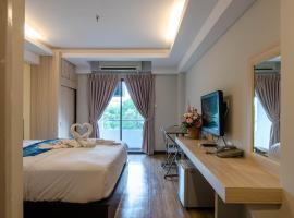 Tara Lake, hotel in Bangkok