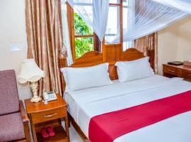 RED SUN LODGE Kokoni, hotel in Ngambo