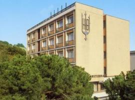 Hotel Riviera, hotell i Celle Ligure