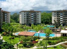 Penthouse Playa Jacó - Best Location, apartment in Jacó