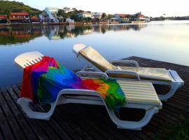 De Boa na Lagoa Cabo Frio, hotel with pools in Cabo Frio
