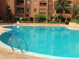 Piscines et plage à Mohammedia, hotel in Mohammedia