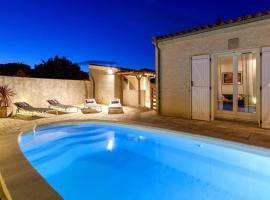 Villa pour des vacances idylliques près de la Cité !, hotel with jacuzzis in Carcassonne