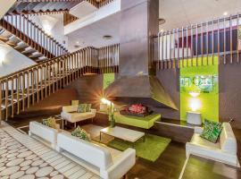 Zenitude Hôtel Grenoble Alpexpo, hotel in Grenoble