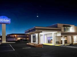 Travelodge by Wyndham Colorado Springs Airport/Peterson AFB, hotel in Colorado Springs