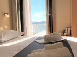 Berulia accommodation, room in Brela