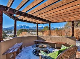 Mountainside Home Central to Salida and Buena Vista!, hotel in Salida