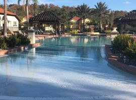 Sonoma Resort at Bellavida NEW VILLA NEAR DISNEY 12 bedrooms 12 bathrooms private pool and spa, hotel in Kissimmee