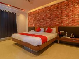 Hotel Hicola Heritage, Kakarvitta, hotel near Bagdogra Airport - IXB, Kakarvitta