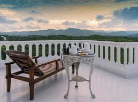 The Jungalow by Vista Rooms, hotel with pools in Udaipur