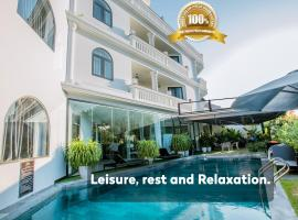 Hoianation Villas Hotel, hotel in Hoi An