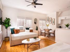 SD Premium Luxury 2/1 Apt, vacation rental in San Diego