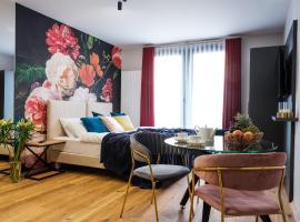 Aparthotel Inspire Miodova Residence, serviced apartment in Kraków