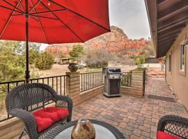 Cozy, Modern Sedona Apt with Patio and Red Rock Views!, apartment in Sedona