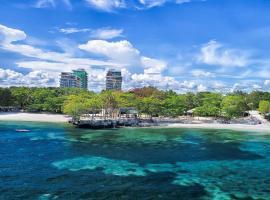Tambuli Seaside Resort and Spa, hotel in Mactan