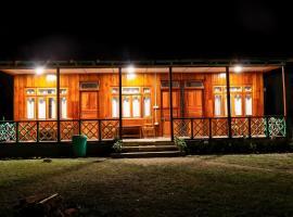 Rolep Yaku Khim Homestay, hotel in Padamchen