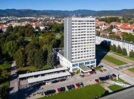 Hotel Lux, hotel in Banská Bystrica