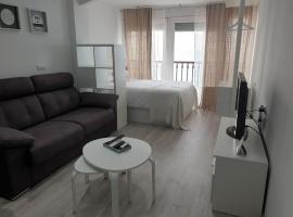 Las Damas Piso18, apartamento en Benidorm