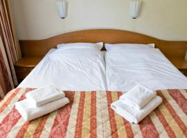 Hotel Kama Park – hotel w Sierakowie