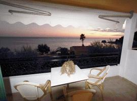 Glyfada Corfu Comfort 40, pet-friendly hotel in Glyfada