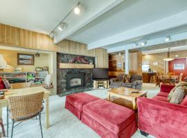 Meadow House 15 | Discover Sunriver, hotel in Sunriver