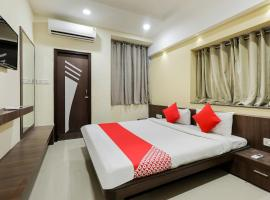 OYO 70099 Hotel Relax, hotel in Indore