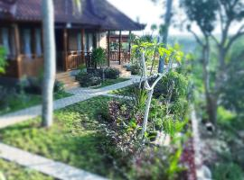 KKorok Hill Cottage, inn in Nusa Penida
