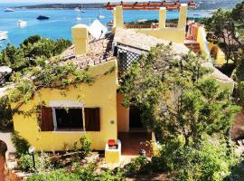 Villa TEA Costa Smeralda - Porto Cervo, hotel with jacuzzis in Porto Cervo