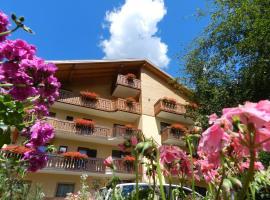 Cimon Dolomites Hotel, hotel in Predazzo